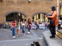 LAL-UK-SS-SM-Excursions-Street-Entertainment-01
