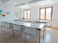 003_did_munich_school_claasroom_35006888836_o