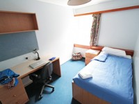 embassy_summer_schools_kingswoods_bedroom