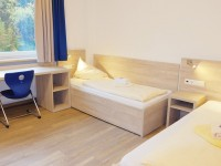 Lindenberg_Two-bed-room_9889_16x9