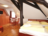 Meersburg_JUFA-3-bed-room_3-Bettzimmer_16x9