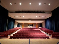 embassy_summer_schools_new_york_stormking_lecture_theatre